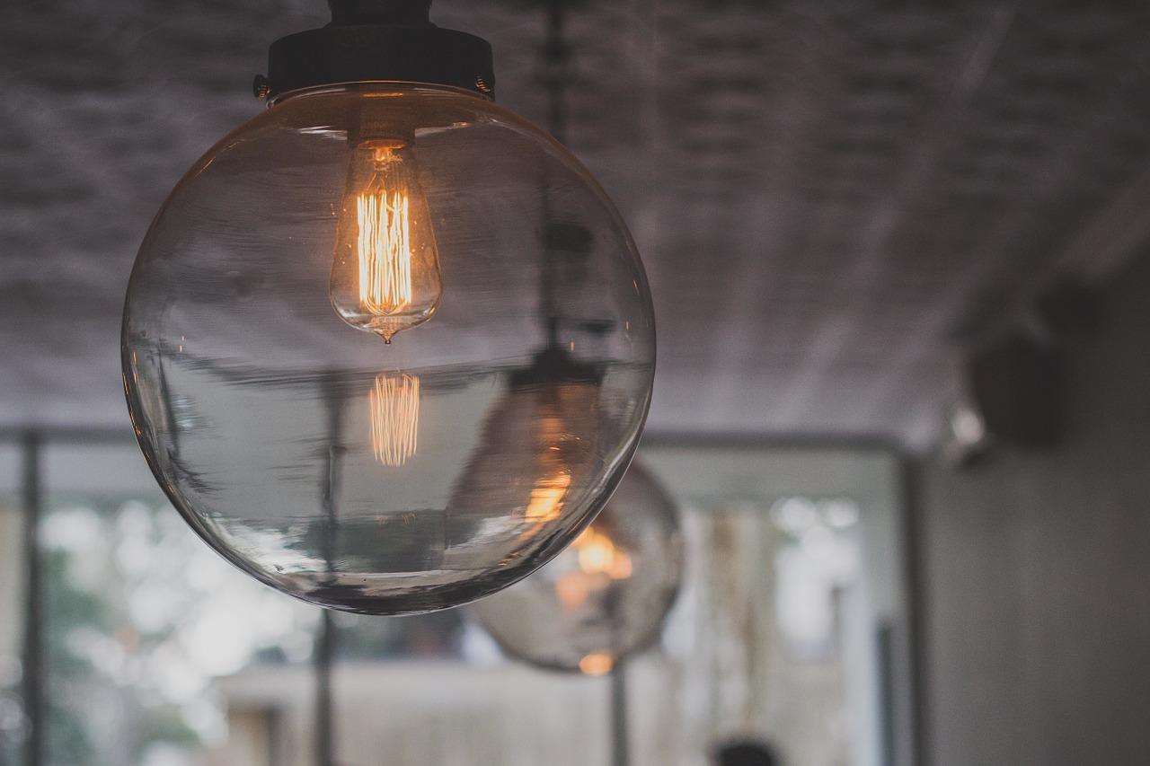 Luminaire, tous les avantages déco