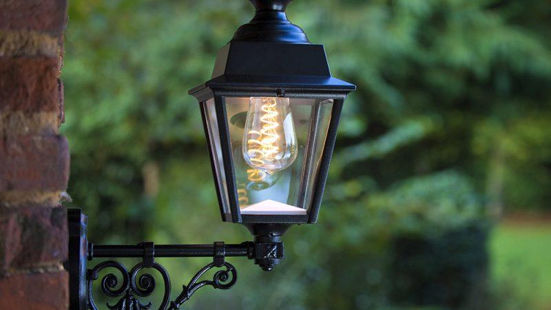 Quels luminaires choisir pour ses extérieurs ?