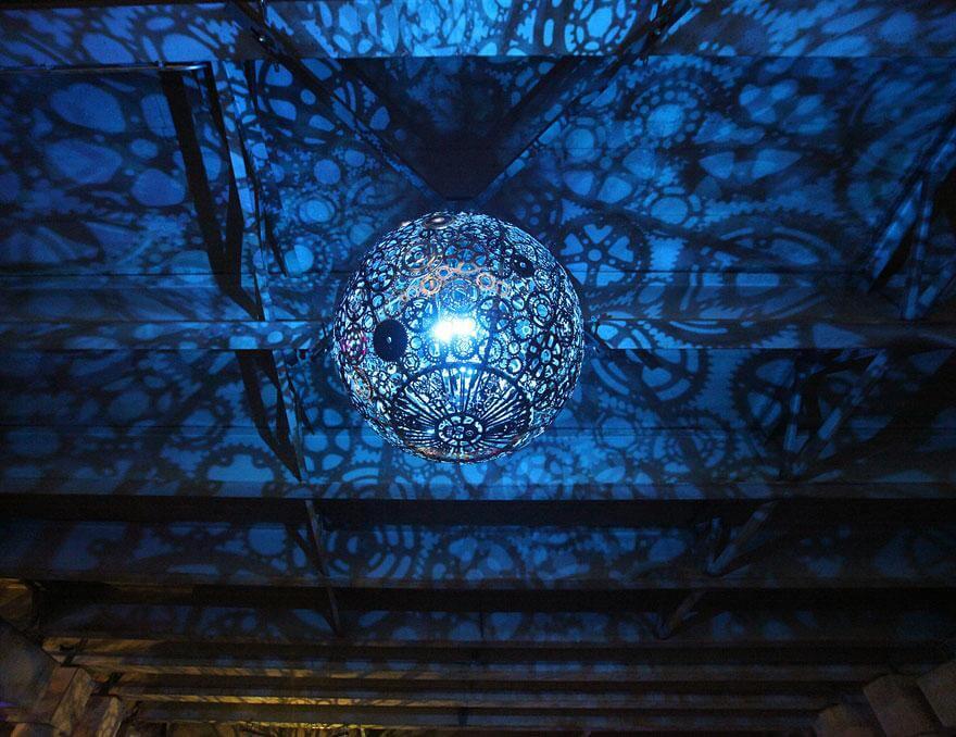 Le luminaire en lustre et suspension